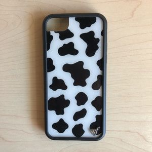 WILDFLOWER COW PHONE CASE